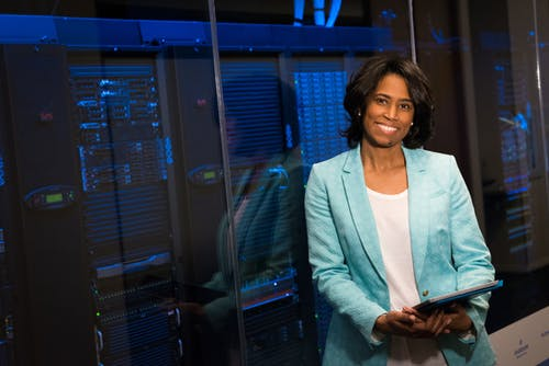 Nine Benefits of Dedicated Servers for Small Business