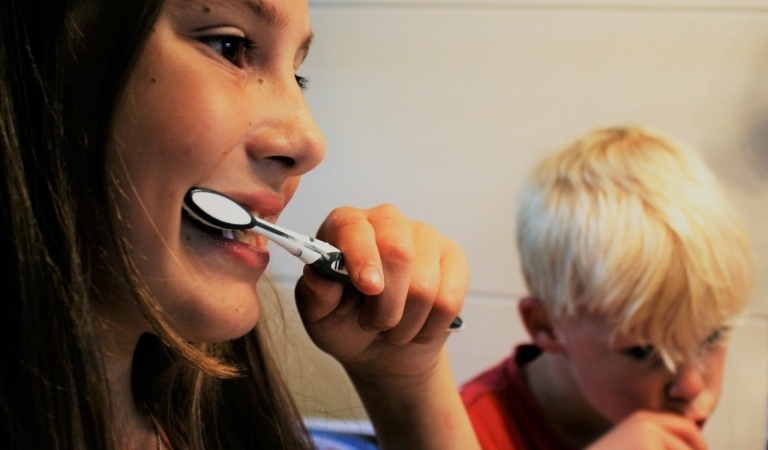 Brushing your Teeth with Baking Soda? Is it Safe or Not