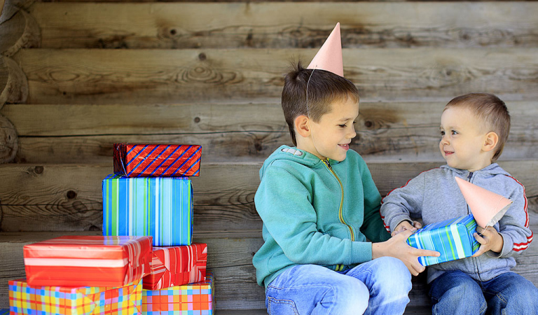 Avoid Top 10 Mistakes While Choosing Return Gifts For Kids